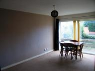 Crossfield Road Flat to rent