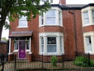 3 bedroom semi detached house in Richmond Street, Hull...