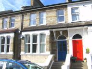 4 bedroom Flat to rent in Lothair Road, Ealing...
