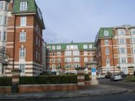 Apartment in Haven Green Court...