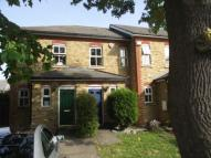 2 bed house to rent in Stainton Road, Catford...