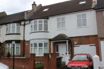 2 bedroom Flat in Davenport Road, Catford...