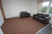 Flat to rent in Northfield Grove...
