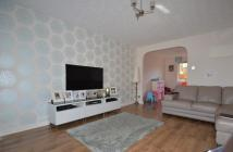 3 bed End of Terrace house in Carnbee Crescent...