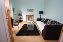 1 bed Villa to rent in Market Street...
