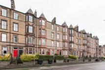 Flat to rent in Dalkeith Road, Edinburgh...