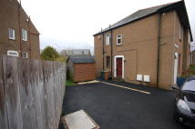 Flat to rent in Carrick Knowe Hill...