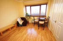 Flat to rent in Allanfield, Edinburgh...