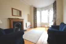 Flat to rent in Comely Bank Road...