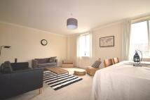 3 bedroom Flat to rent in East Fountainbridge...