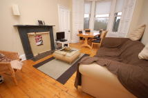 3 bedroom Flat to rent in Dalkeith Road, Edinburgh...