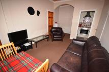 Flat to rent in Moat Street, Edinburgh...