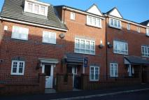 3 bed Town House to rent in Kilmaine Avenue, Moston