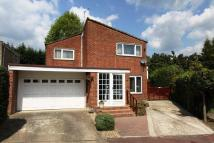 4 bedroom home in Ickenham