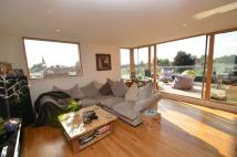 3 bedroom Flat in Ruislip