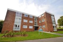 2 bed Flat in Heron Court...