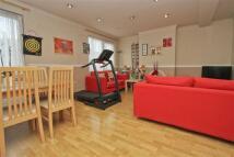 3 bedroom Apartment in Victoria Road...