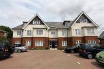 2 bedroom Apartment to rent in Elthorne Court, Kingsend...