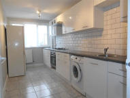 Flat to rent in 27 Jerome Crescent...