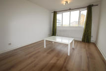 Flat to rent in 8 Casey Close...