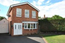 4 bed Detached property in Hazeldine Crescent...
