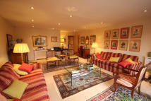 2 bed Penthouse for sale in Iceni Court 66 Epping...