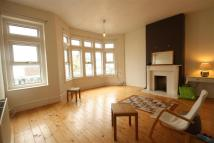 Flat in Fishponds Road...