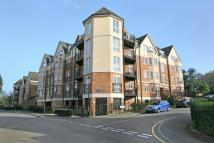 3 bedroom Flat in Cunard Court...