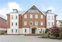 3 bed Flat for sale in Carisbrooke House...