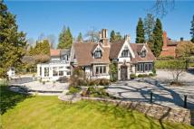 5 bedroom Detached house in Sandy Lane, Northwood...