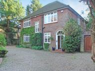 4 bedroom property for sale in Moor Park Road...