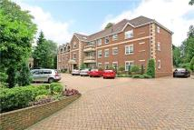 3 bed Flat in Kendall Manor...