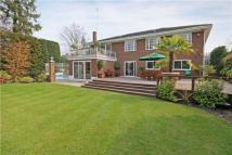 5 bedroom Detached property in Seymour Close, Hatch End...