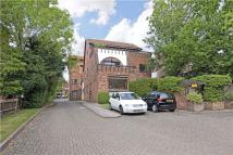 3 bedroom Penthouse for sale in Welcote Drive, Northwood...