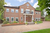 9 bedroom Detached property in Linksway, Northwood...