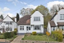 3 bed Detached house in Carpenters Wood Drive...