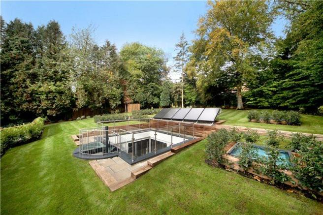 4 bedroom detached house for sale in loudwater drive for Environmentally friendly homes for sale