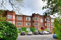 3 bedroom Ground Flat to rent in Muswell Hill Road...
