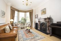 End of Terrace property in Milton Park, London, N6