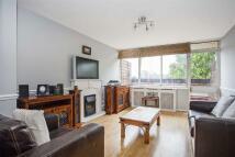 Apartment to rent in Philpot Square, Fulham