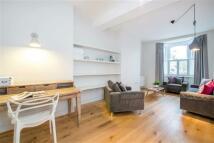 4 bedroom Terraced house in Stephendale Road, Fulham...