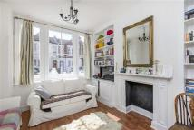 Flat in Lindrop Street, Fulham...