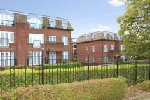 3 bedroom Flat in Clarendon Court...