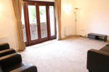 2 bedroom Flat in Kevere Court...