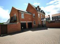 5 bed Detached house in Bassett Lowke Drive...