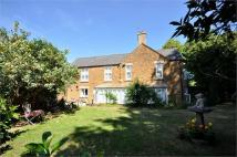 5 bedroom house in High Street, Rothwell...
