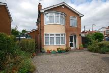 Detached property in New Lane, Huntington...