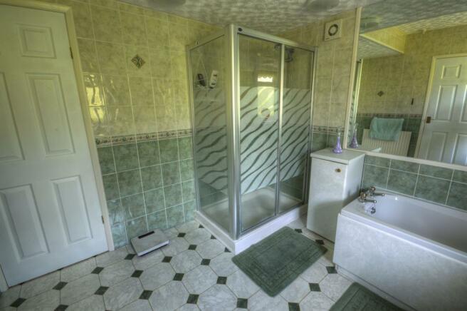Juliet Bathroom