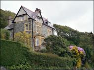 6 bed Detached house for sale in Llanaber Road, Barmouth...