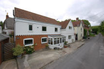 Detached home in Edington